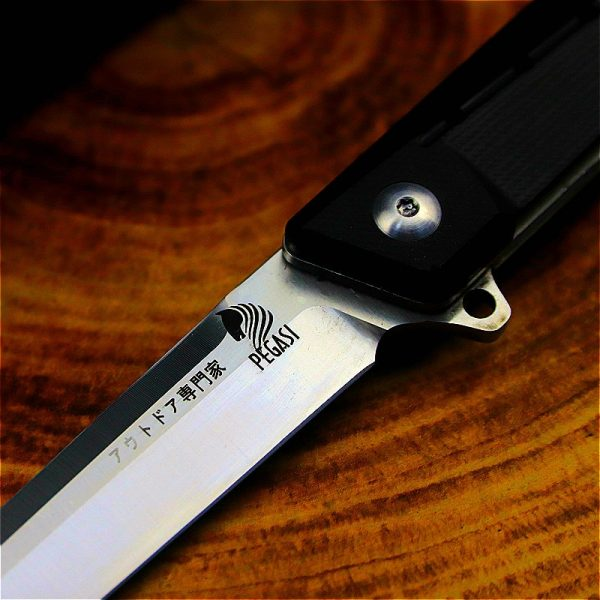 PEGASI Japanese hunting D2 folding outdoor mirror light tactical knife [60HRC with G10 handle]